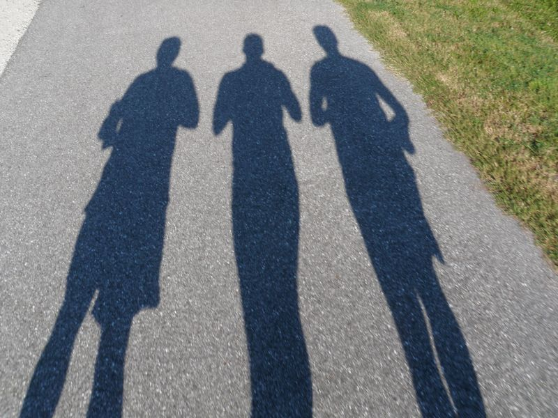 3 dark running strangers